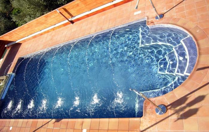 Precios de piscinas interesting el with precios de for Piscina tubular pequena